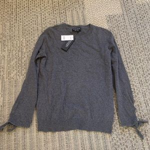 Banana republic sweater brand new with tags